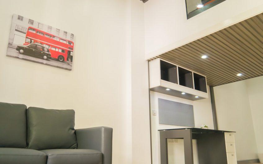 Shunde Place – Superior Mezzanine En-Suite
